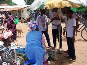 Evangelismo na feira (2)